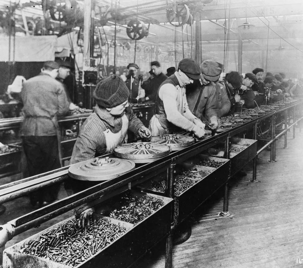 1er décembre 1913 – Ford inaugure la première chaîne de montage en automobile