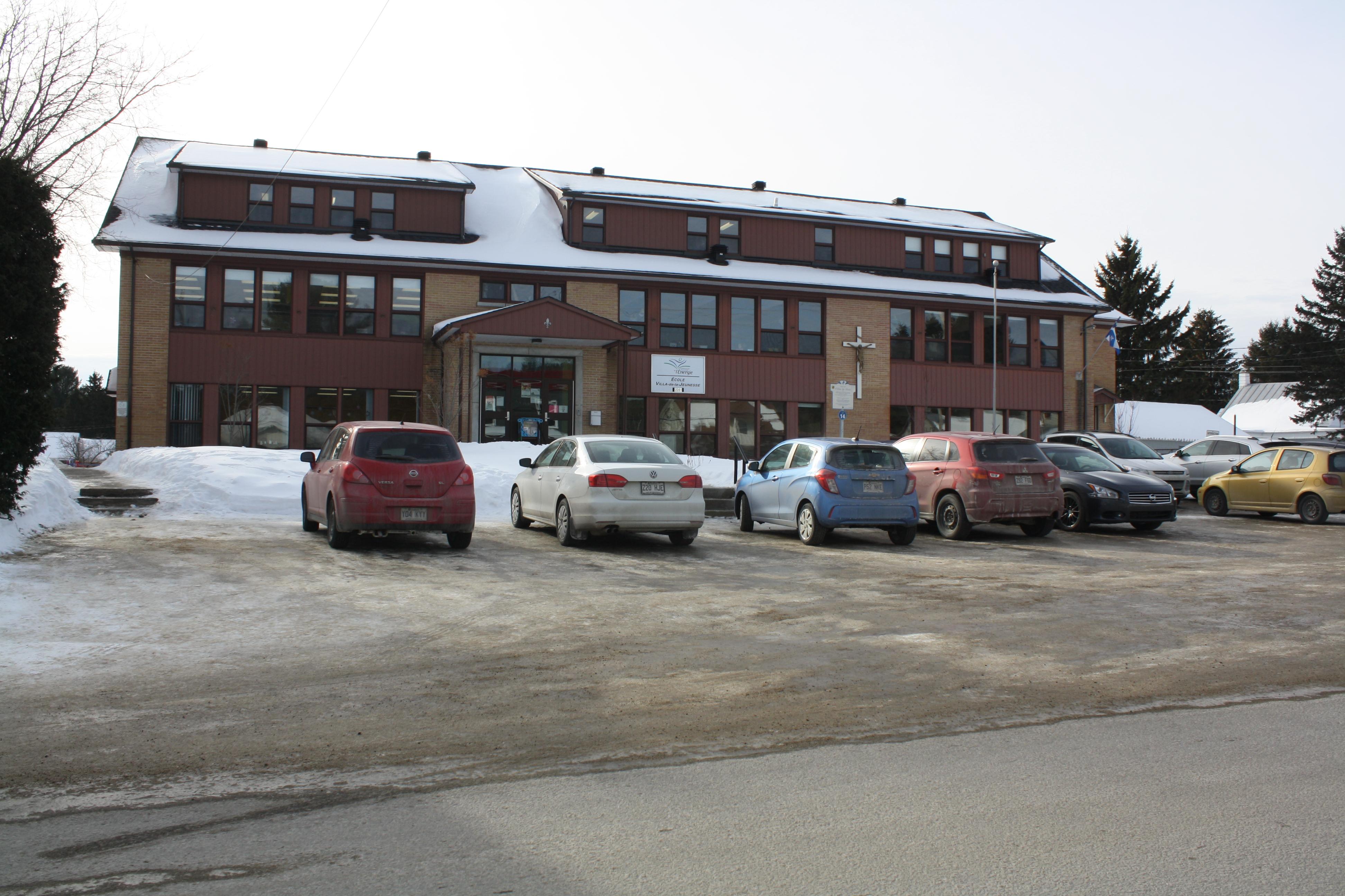 Évacuation à l'école de St-Élie: les élèves iront à Shawinigan-Sud
