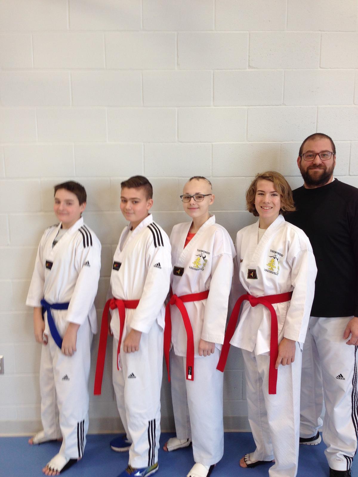 Taekwondo: cinq médailles de plus pour le club de Louiseville