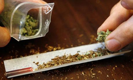 Perquisition en matière de stupéfiants à Saint-Étienne-des-Grès