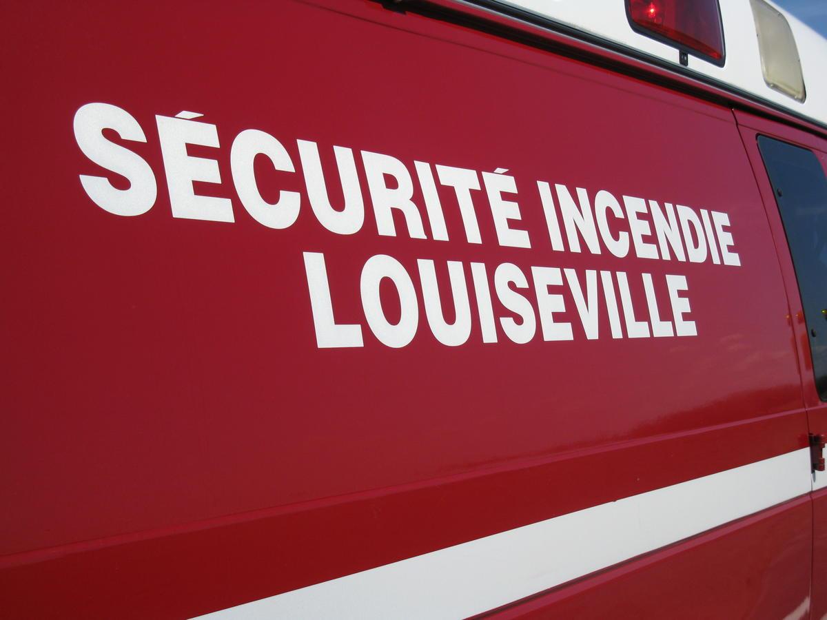 Incendie à Louiseville: le bâtiment est une perte totale