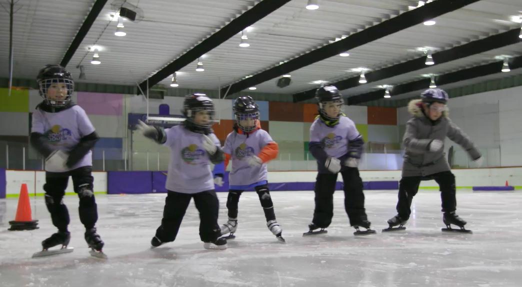 Les jeunes invités à s'initier au patinage de vitesse