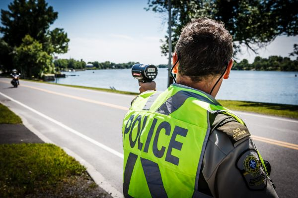 Opération concertée: la vitesse au volant ciblée par les policiers
