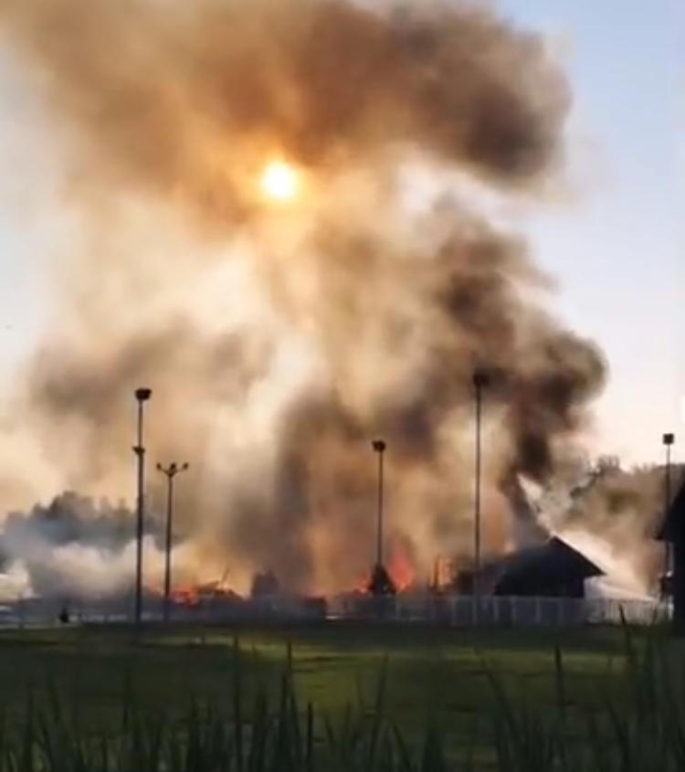 Un incendie ravage un bâtiment du Ranch Belle-Montagne