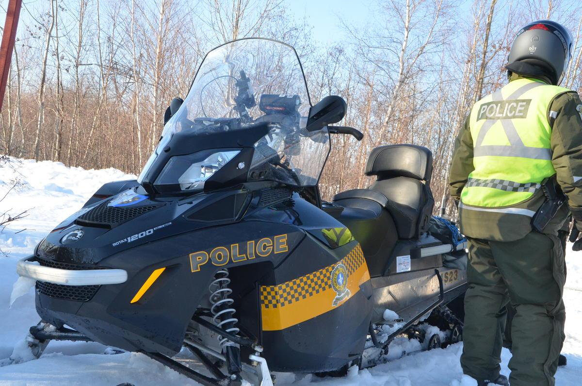 Présence accrue des policiers dans les sentiers cet hiver