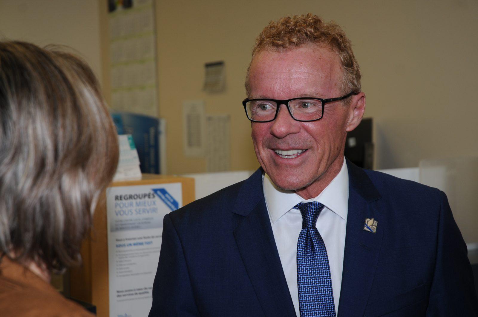 Mesures sanitaires : le ministre du Travail fait un rappel à l'ordre