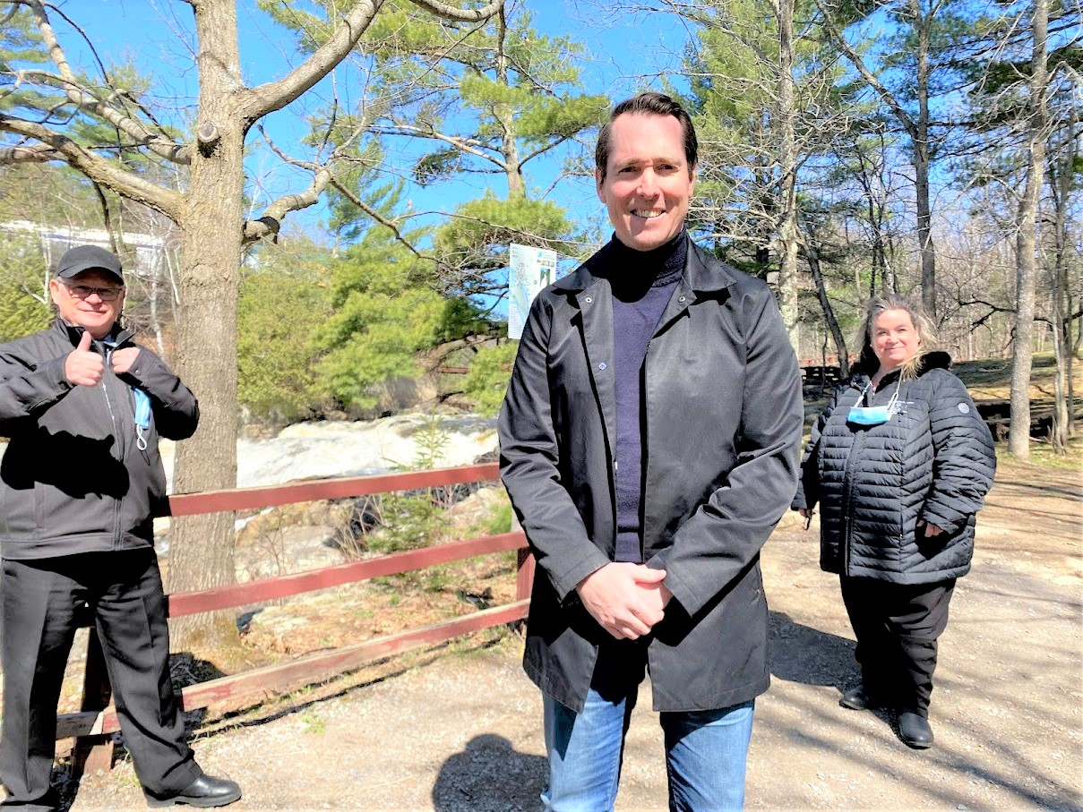 Près de 142 000$ accordés au Parc des Chutes de Sainte-Ursule