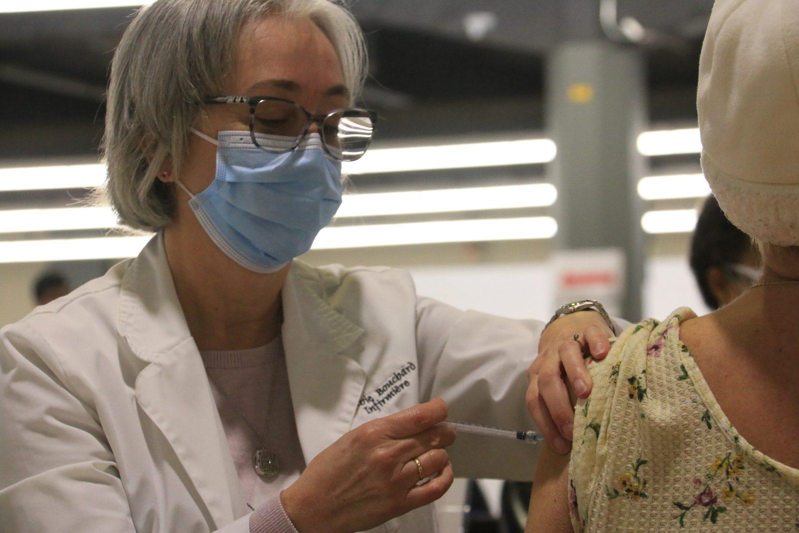 COVID-19 : 49 000 plages horaires ajoutées pour la prise de rendez-vous pour le vaccin